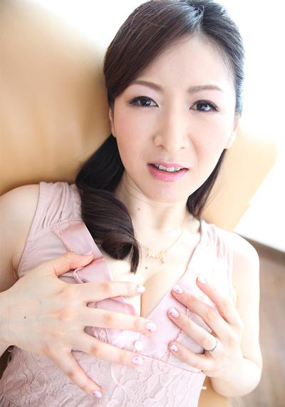 美熟女AV女優「大橋ひとみ」